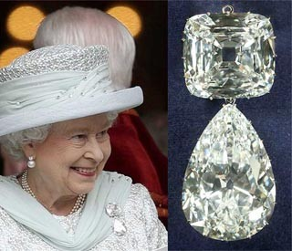 Queen Elizabeth II refers to the brooch with Cullinan III and IV as Granny's Chips