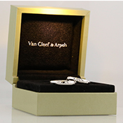 Van Cleef & Arpels Round Cut Bridal Set Ring