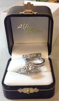 3.27 CT Round Cut Bridal Set Ring